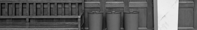 affaldssortering_koebenhavns_raadhus_skraldespande_design_gottlieb_paludan_architects_1360x210
