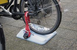 Design solution: Copenhagen cargo bike parking